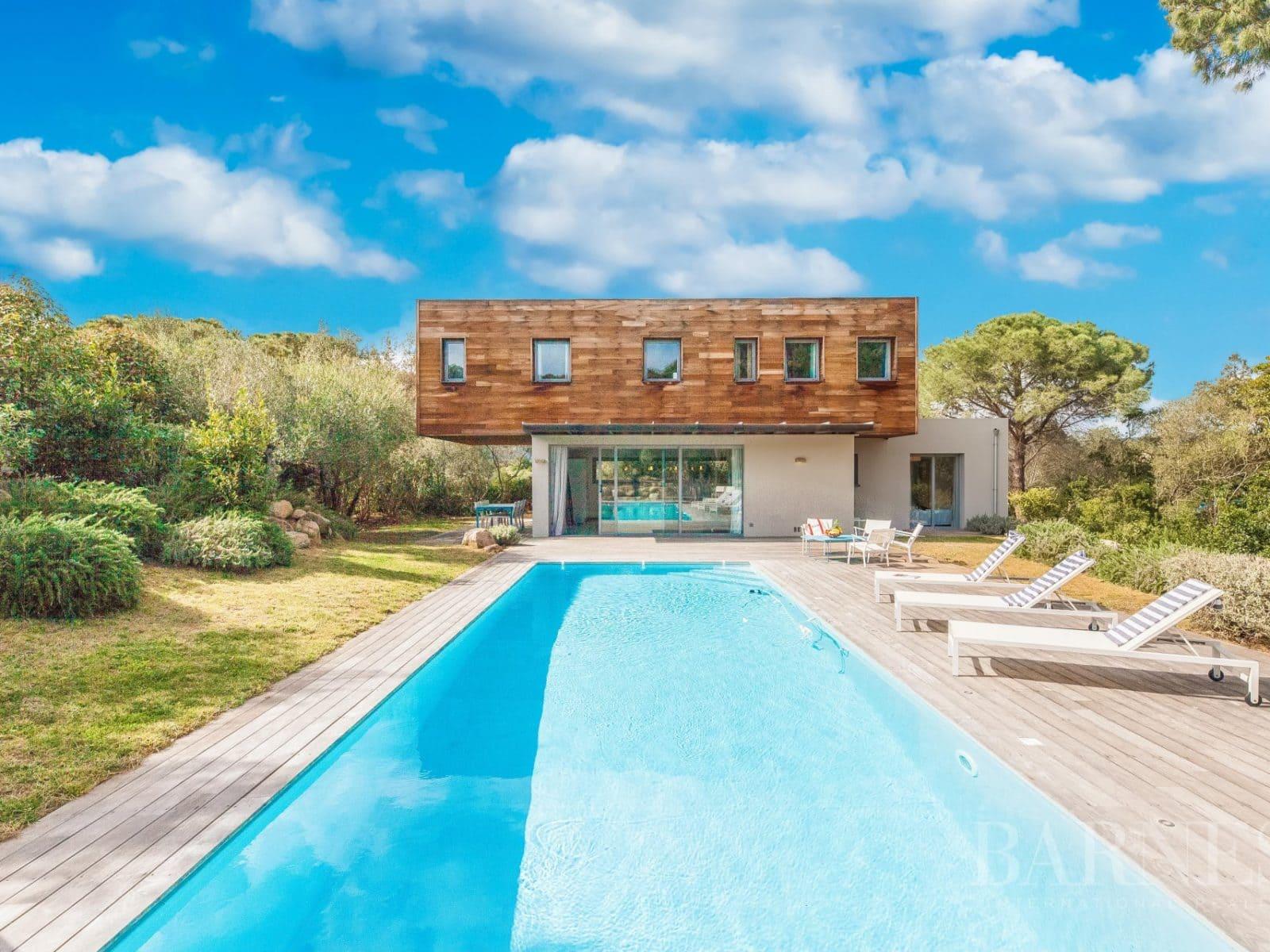 Maisons et villas à vendre à Cala Rossa