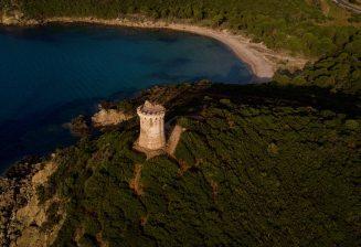 Le patrimoine architectural en Corse: Les tours Gênoises