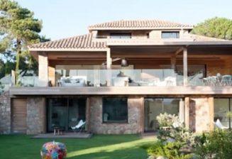 Les 2 villas les plus chères de Corse présentées dans Corse Matin