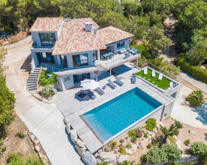 Domaine de Cala Rossa, Villa 4 chambres, piscine et vue mer, RL216 A Ferula