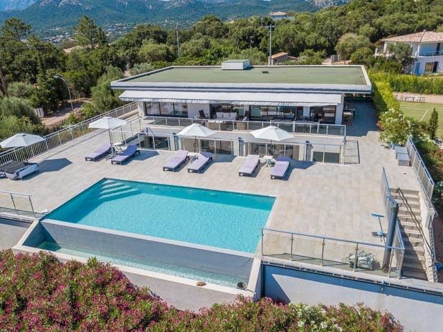 Pinarello, Villa Vardiola, 4 chambres, piscine et vue mer, RL265