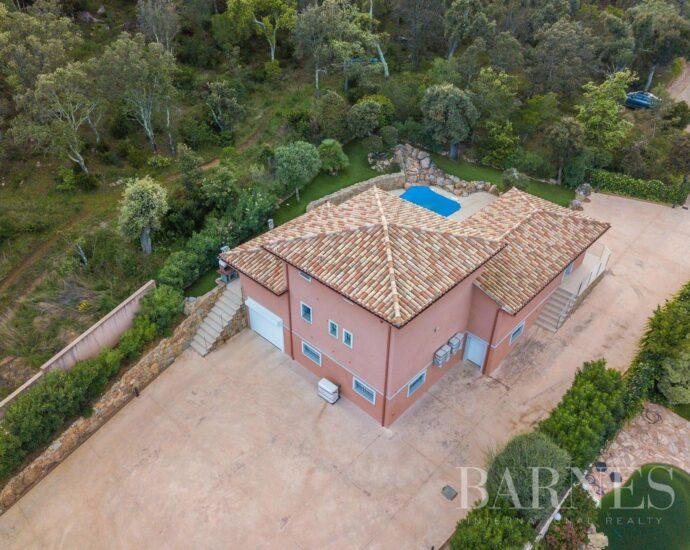 Villa Porto Vecchio 4 chambres, proche plage, piscine chauffée