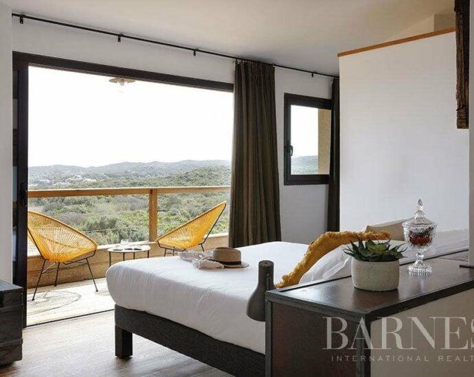 Bonifacio – Villa d'architecte vue mer – Plage à pieds