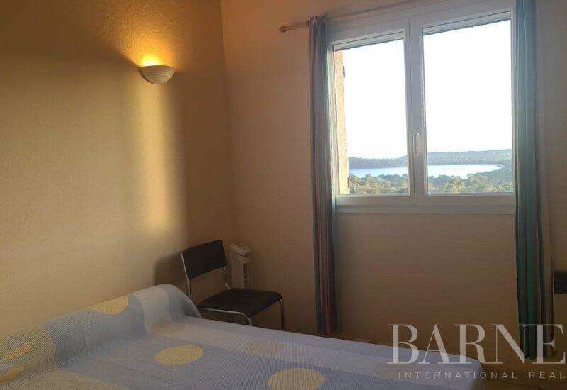 PINARELLO   Villa de trois chambres, vue mer panoramique et plage à pied