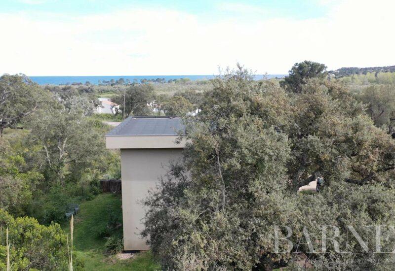 Ste Lucie de Porto-vecchio | Villa vue mer sur 2 niveaux de 5 chambres