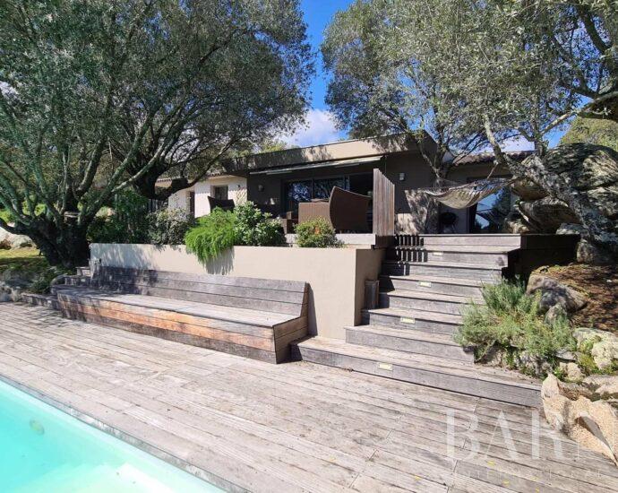 PORTO-VECCHIO | Magnifique propriété de 3 chambres avec piscine au coeur de la nature