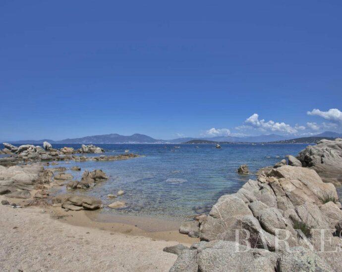 Coti-Chiavari, Propriété pieds dans l'eau avec vue mer panoramique