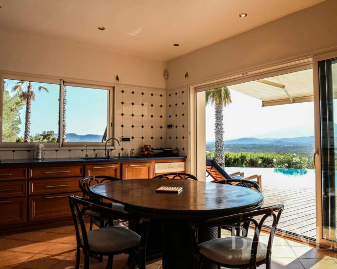 Exclusivité – Arasu, villa vue mer panoramique, 8 chambres
